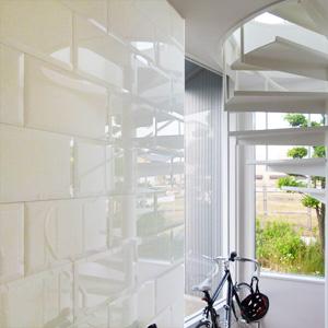 装飾壁面カラーガラス